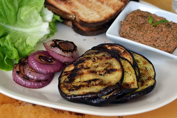 grilled-eggplant-sandwich-with-tomato-pesto-chutney.48767.jpg