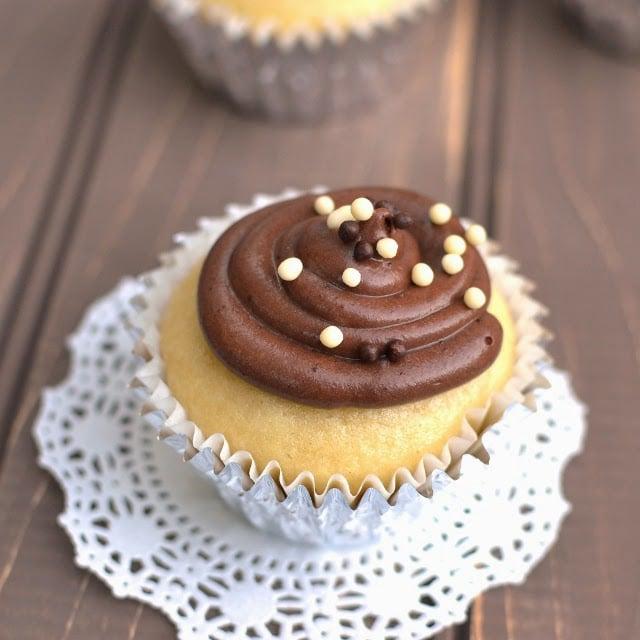 basic-vegan-vanilla-cupcake.47197.jpg