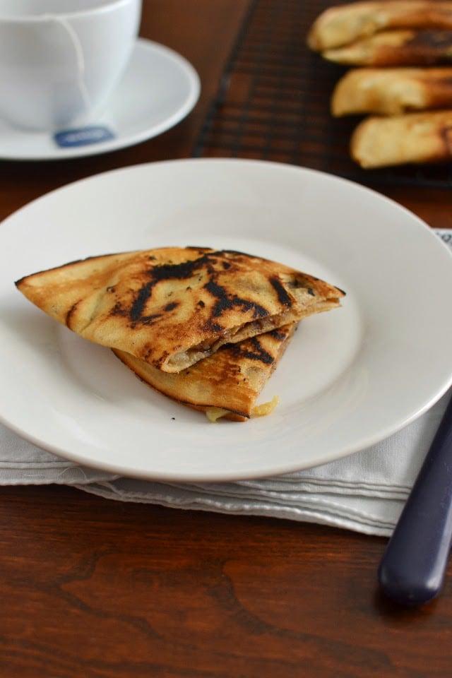 malaysian-apam-balik-crispy-malaysian-pancakes-eggless-recipe.46574.jpg