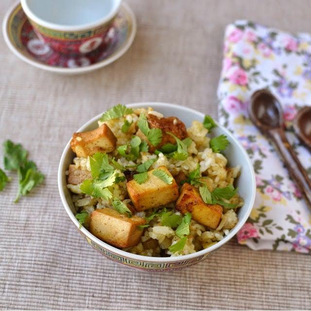 meghalaya-vegetarian-jadoh-with-tofu.46402.jpg