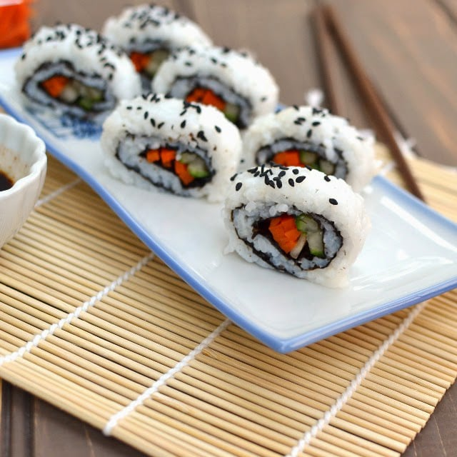 cucumber-carrot-california-sushi-roll-vegan-recipe.46167.jpg