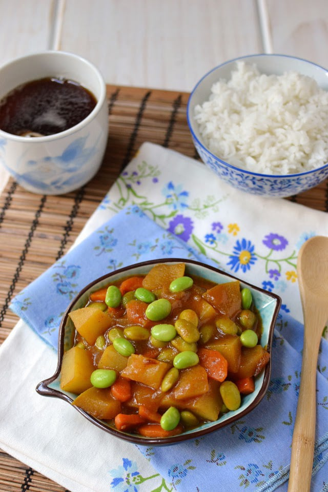 japan-vegetable-curry-with-edamame.45846.jpg