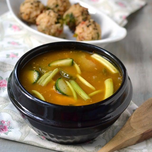 korea-miso-soup-joomuk-bap-vegetarian-vegan-recipes.45841.jpg