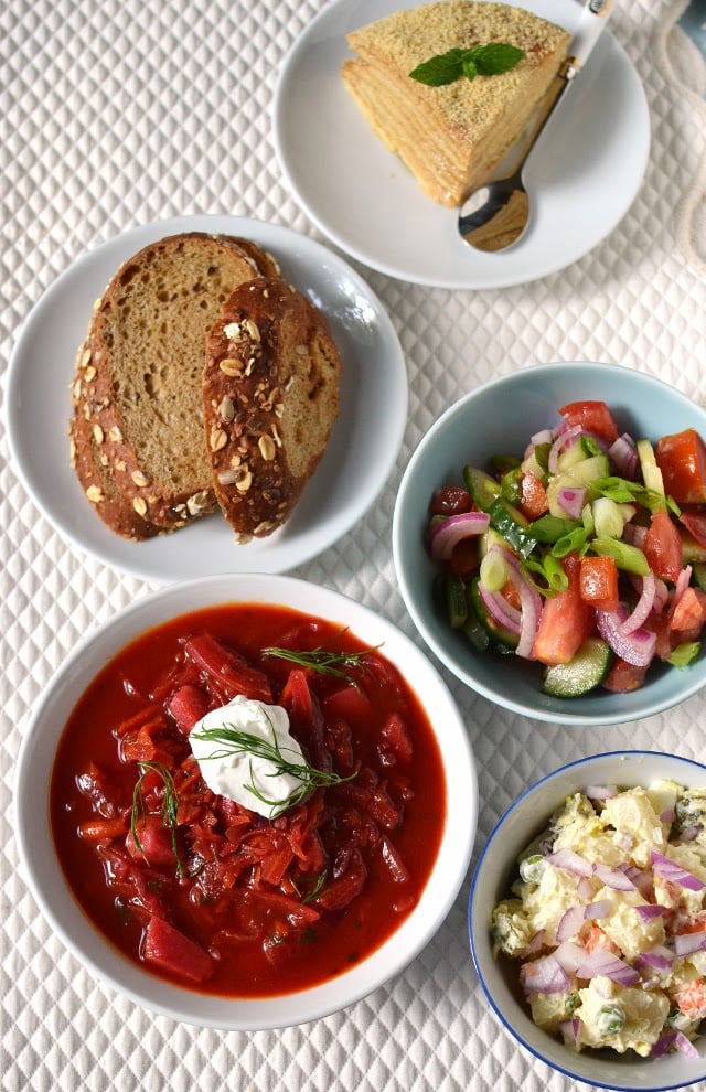 russia-a-simple-vegetarian-russian-meal.45789.jpg