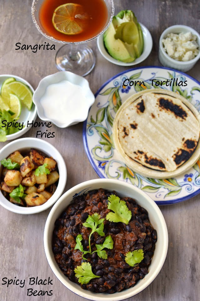 xalapa-mexico-vegetarian-mexican-brunch-huevos-rancheros-with-black-beans.45717.jpg