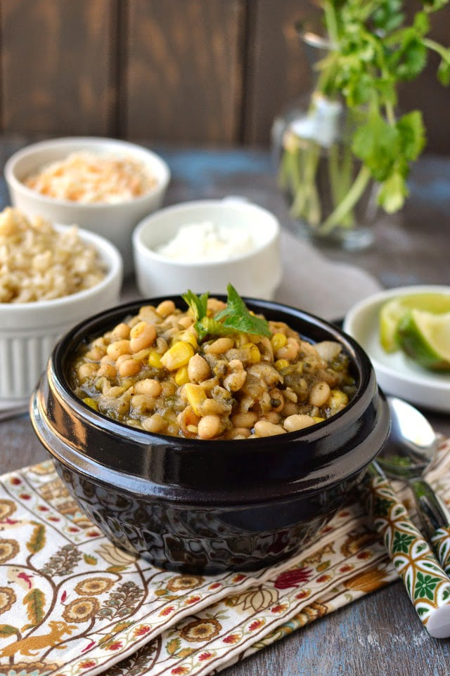 vegetarian-white-chili-with-roasted-poblano-peppers.45221.jpg