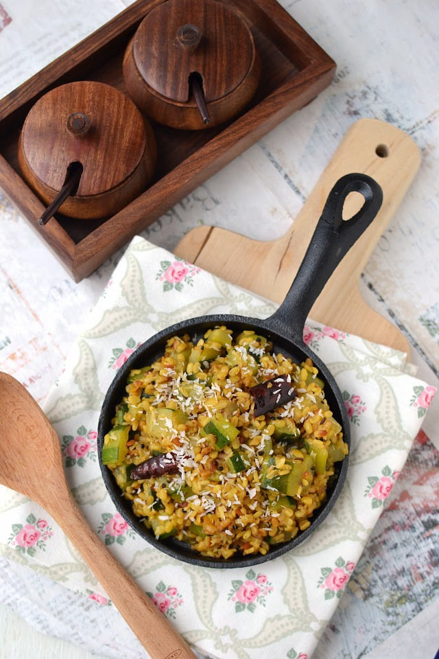 Zucchini Pesarapappu Podi Kura