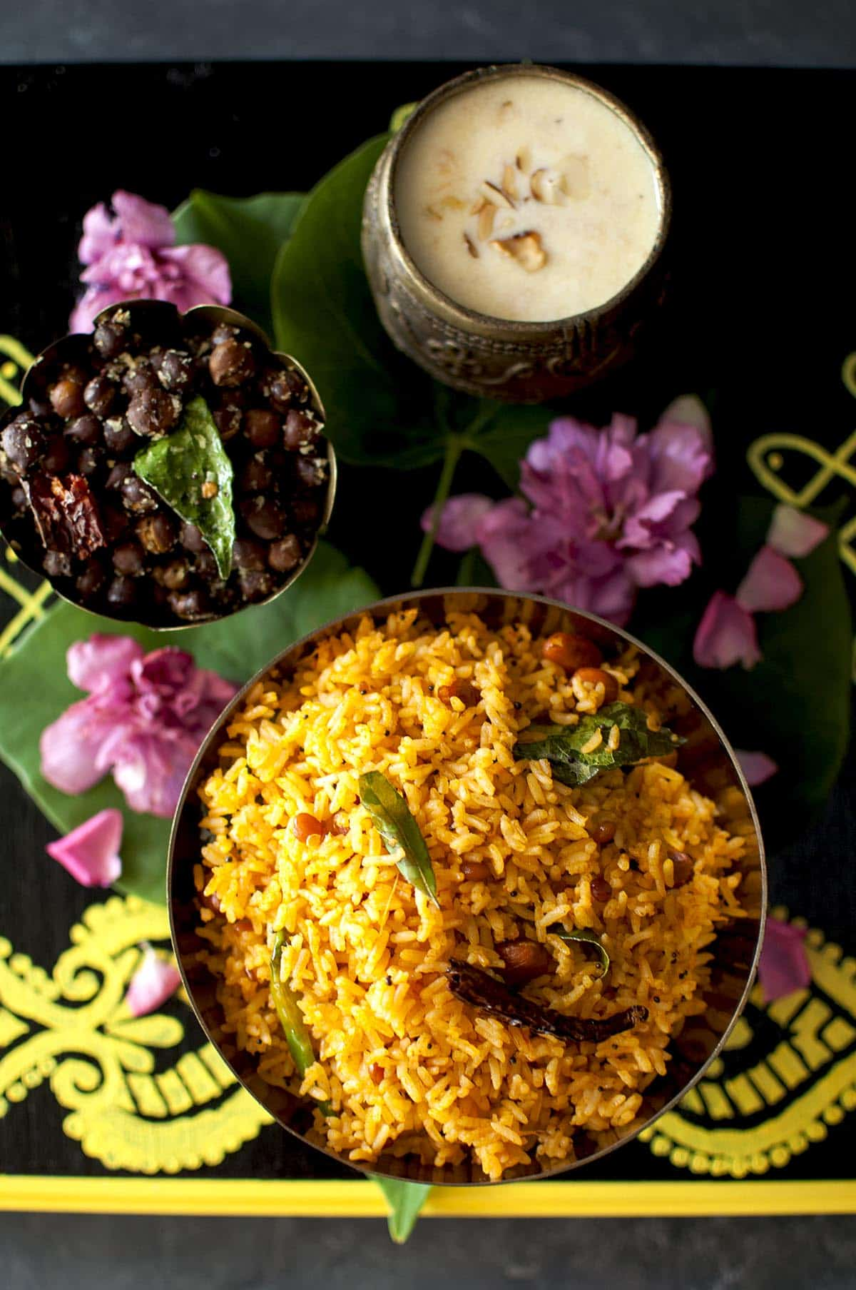 Black board with bowl of rice