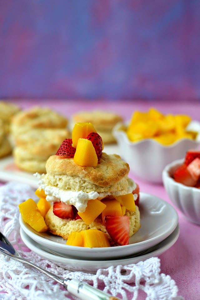 shortcakes-with-strawberry-mango.44817.jpg