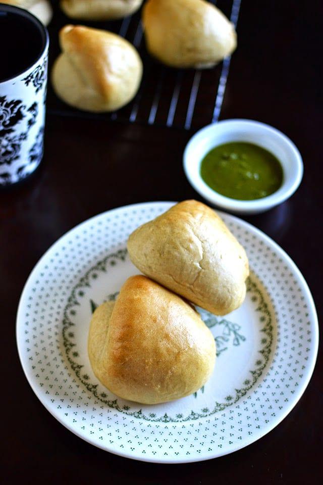 sri-lankan-seeni-sambol-buns-for-breadbakers.44821.jpg
