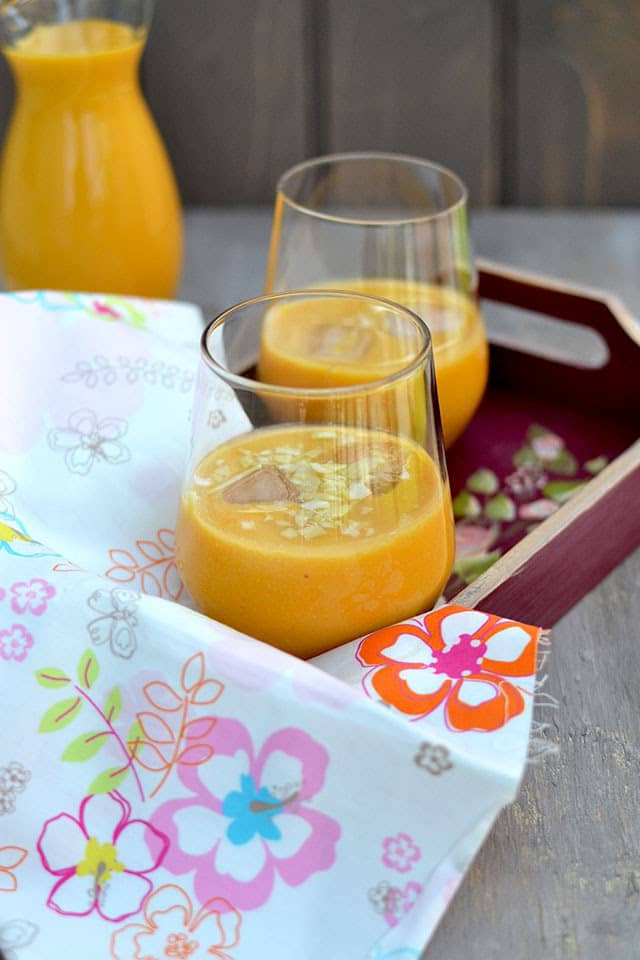 mango-almond-smoothie.44641.jpg