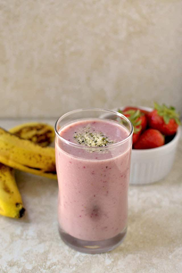 banana-strawberry-protein-smoothie-sunwarrior-product-review-and-a-giveaway.44528.jpg
