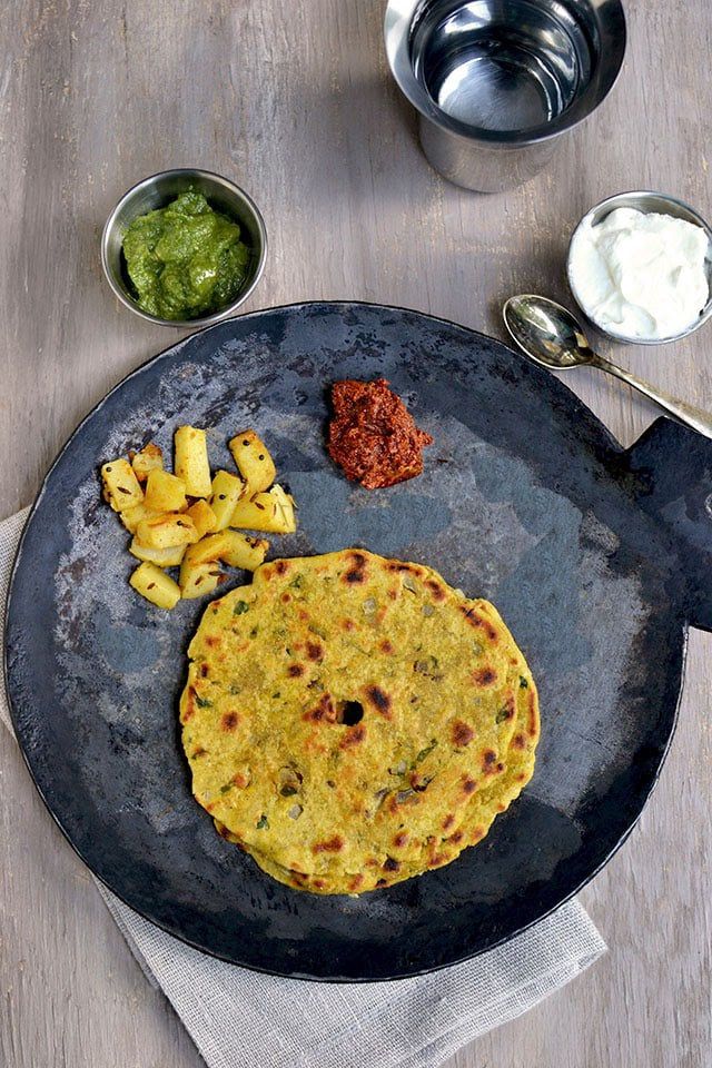thalipeeth-maharashtrian-flat-bread.44415.jpg