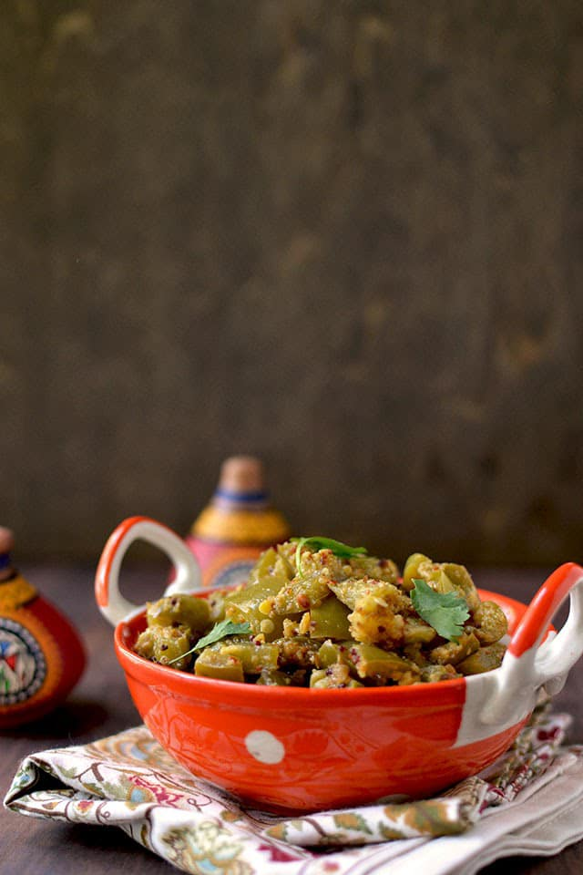 pepper-poriyal-using-poriyal-powderdry-green-pepper-curry.44114.jpg