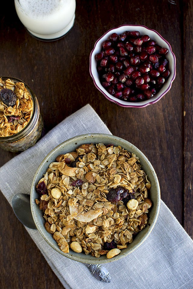 granola-with-cinnamon-and-nuts.43800.jpg