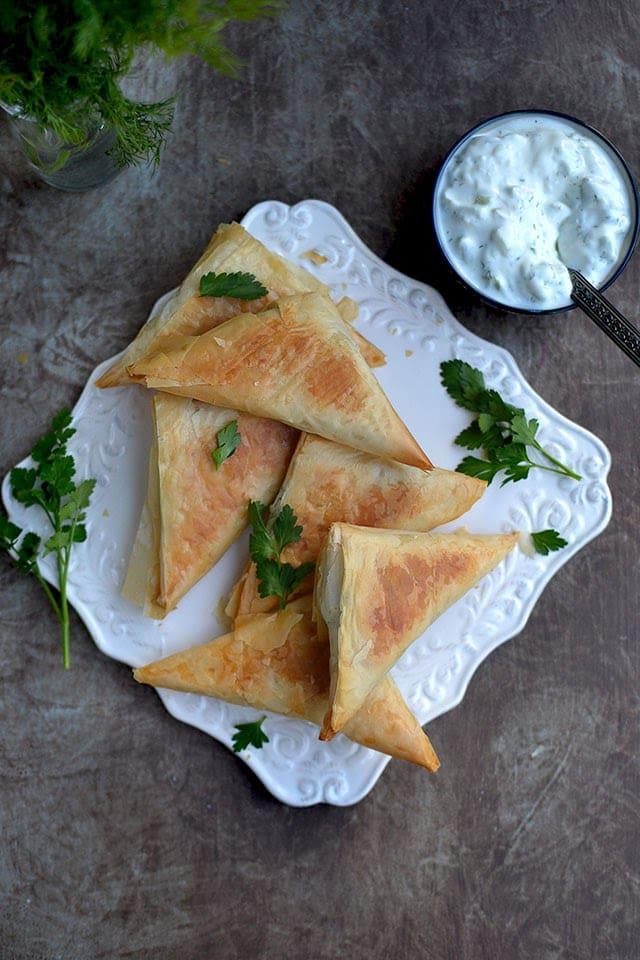 spanakopita-triangles-using-frozen-spinach.43850.jpg