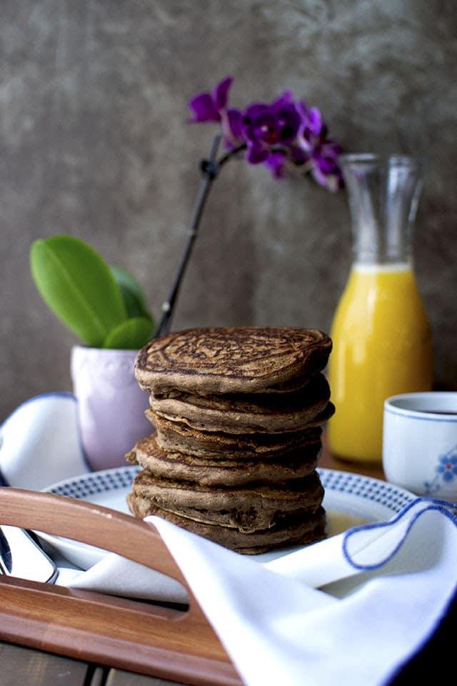 chocolate-banana-pancakes.43690.jpg