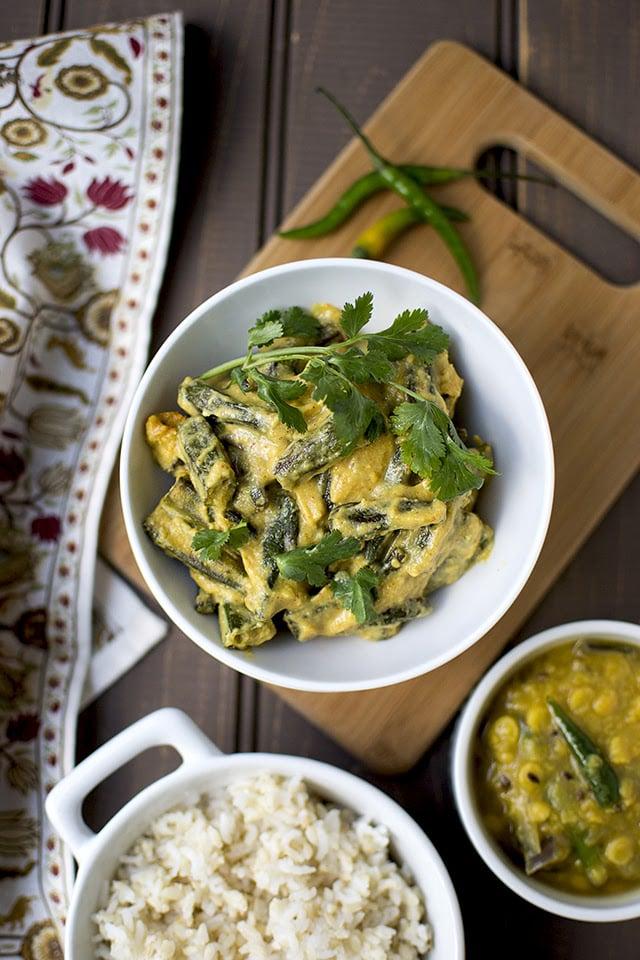 doi-dharosh-bengali-okra-in-yogurt-gravy.43579.jpg