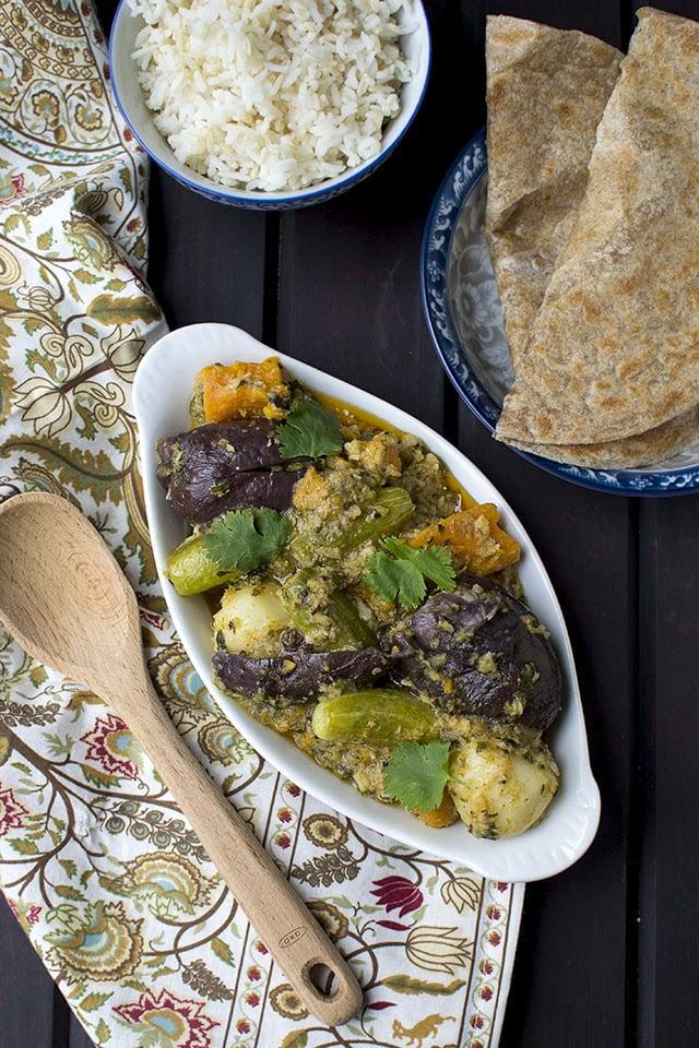 sambhariyu-shaak-gujarati-stuffed-mixed-vegetable-curry.43466.jpg