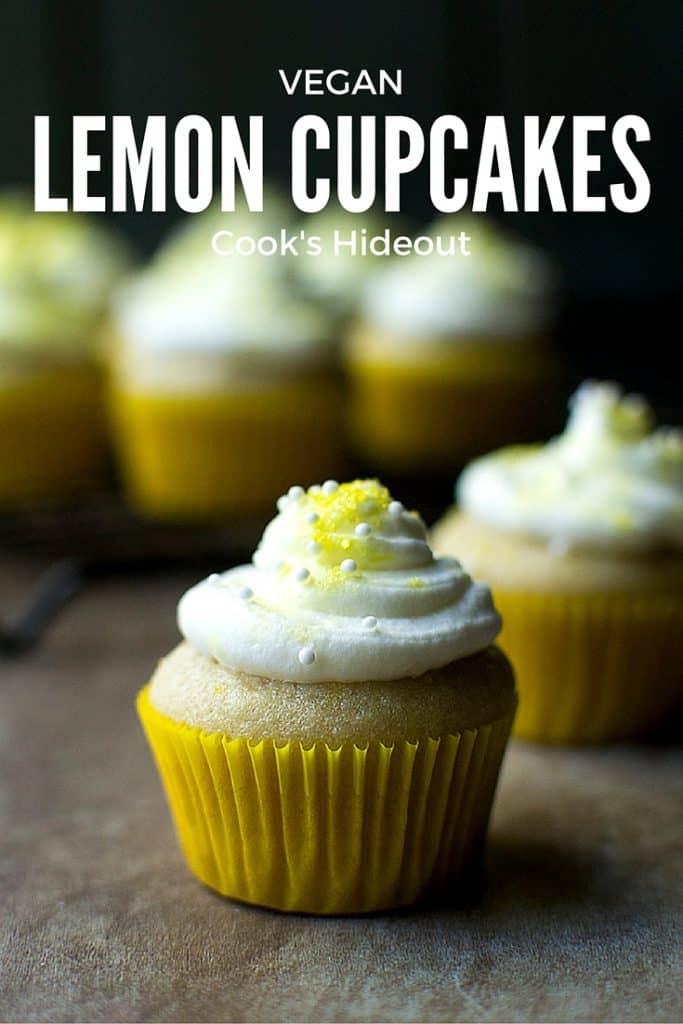 Tray with lemon cupcakes