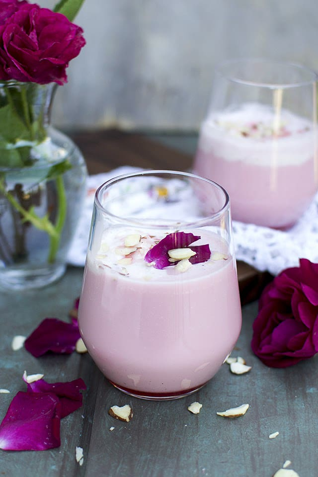rose-milkshake.43245.jpg