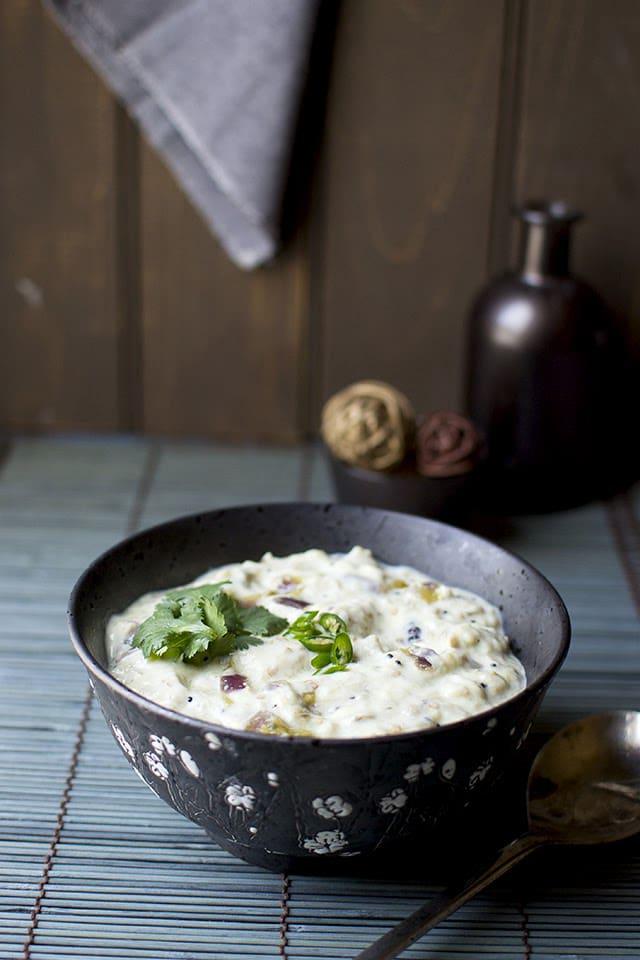 vankaya-perugu-pachadi-eggplant-in-yogurt-gravy.43219.jpg