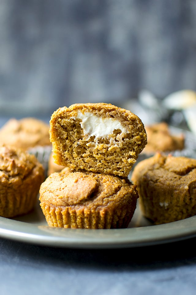 pumpkin-muffins-with-creamcheese-filling-for-breadbakers.42886.jpg