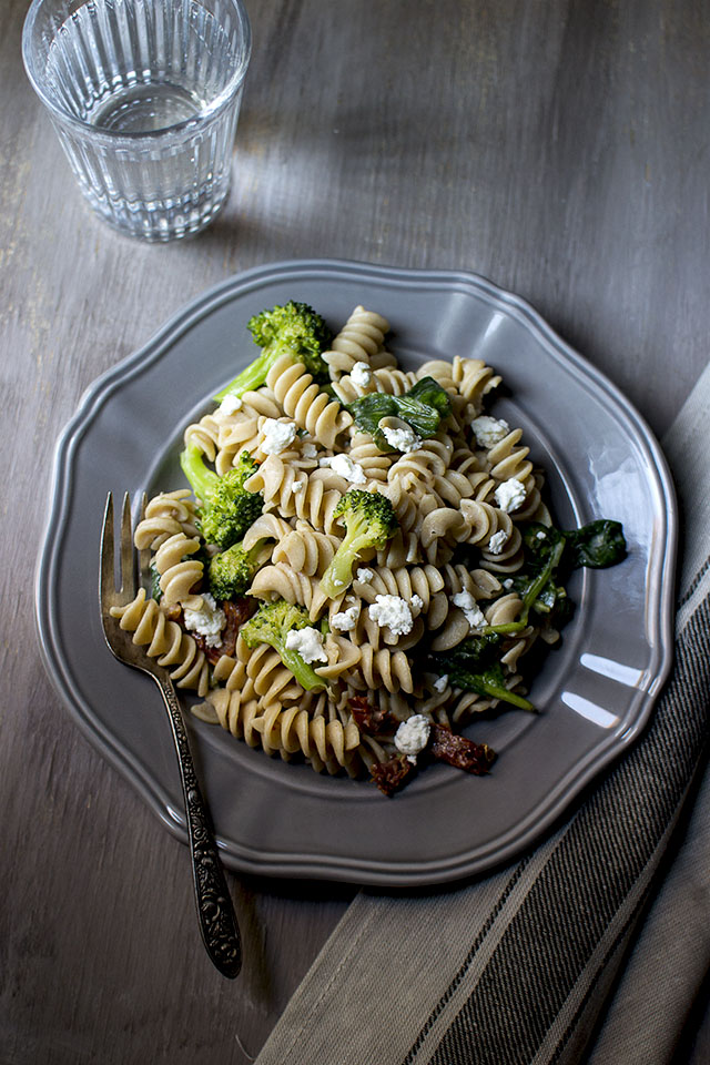 pasta-salad-with-goat-cheese2s