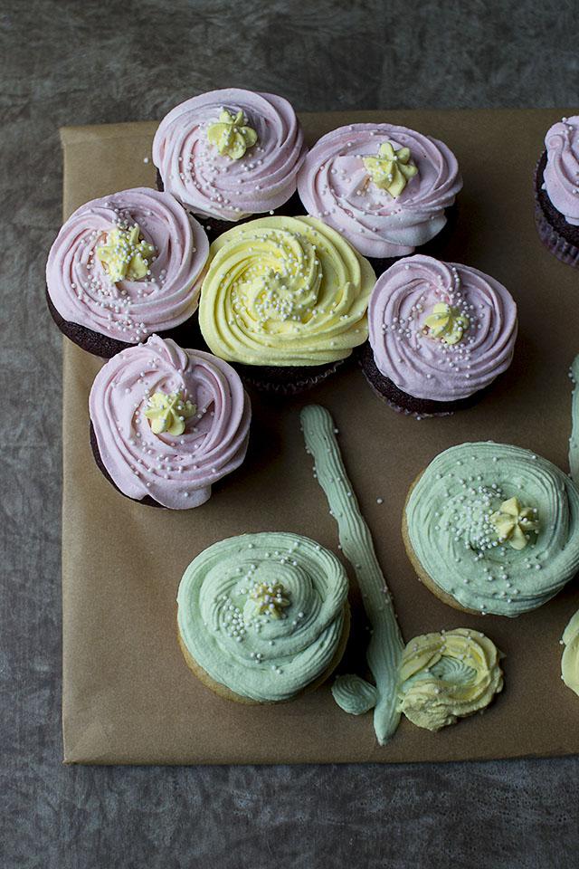Cupcakes in Flower arrangement