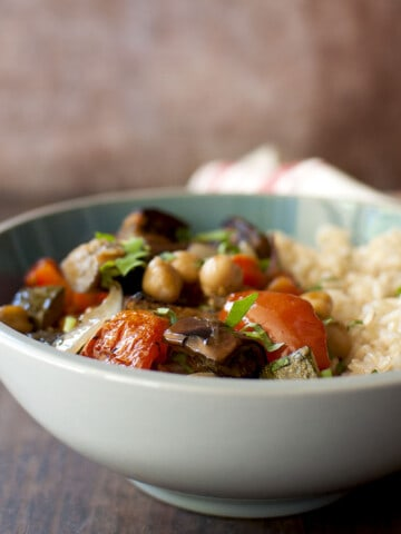 Grey bowl with roasted vegetables