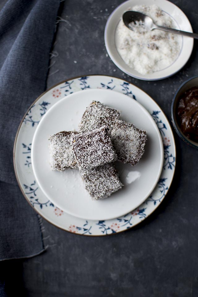 Eggless Lamington Recipe