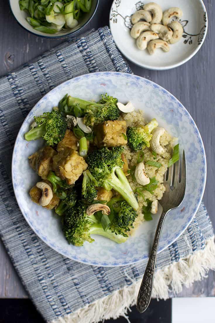 Tempeh and Broccoli with Quinoa