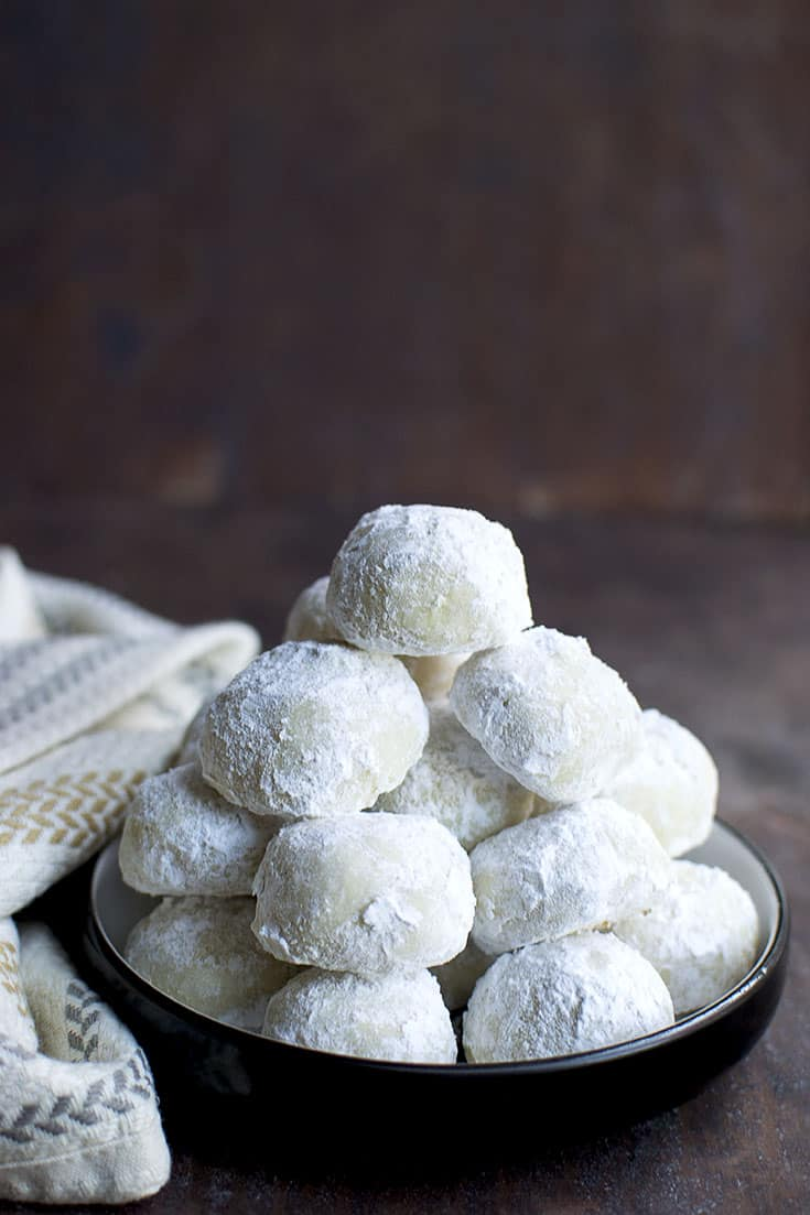 Plate of Mexican Wedding Cookies