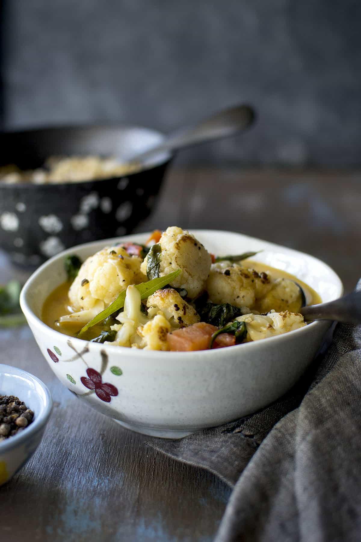 Cauliflower curry with coconut milk