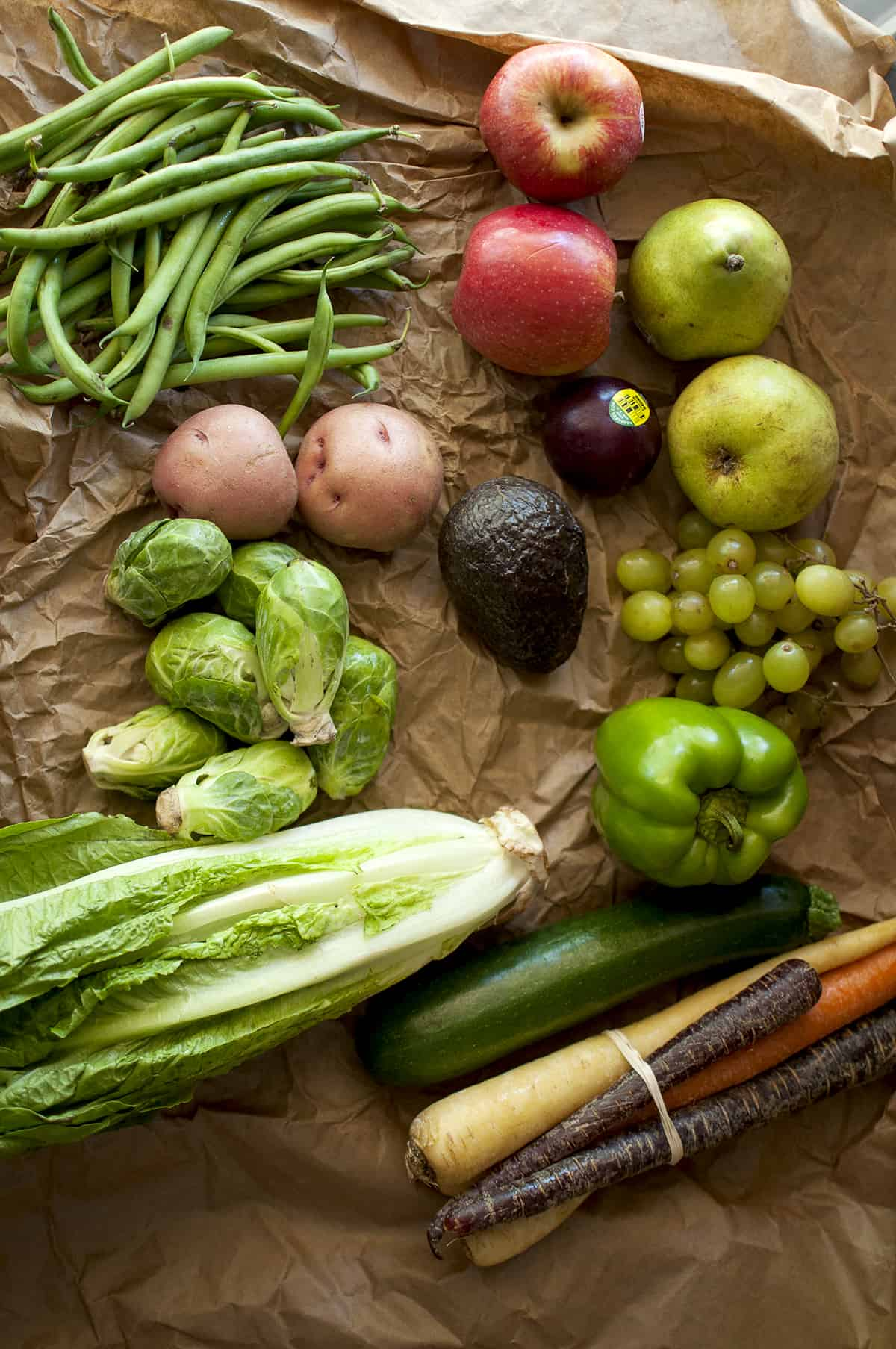 Brown paper with assorted veggies received for Farmbox direct review